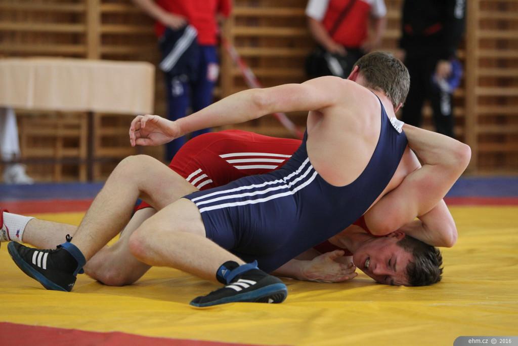 Cílem zápasu je vyřadit protivníka z dalšího boje, což je většinou reprezentováno donucením protivníka dotknout se určitou částí těla kolbiště, či vytlačením z něj