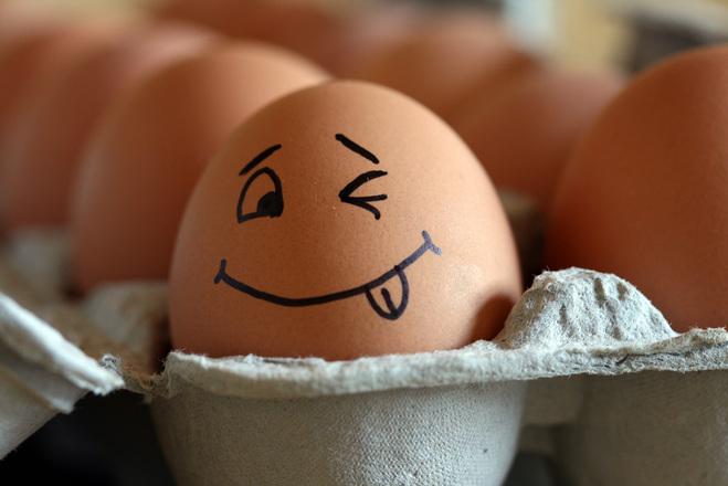 Nenechte si namluvit, že zdravý je z vajíčka jen bílek! Vitamín D je schovaný právě ve skvělém žloutku!
